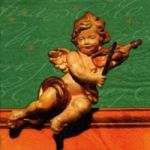 Putti with violin green